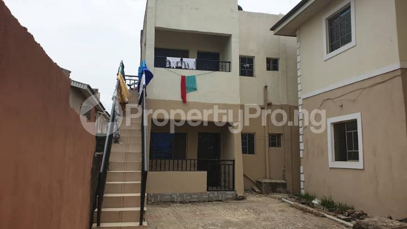 Flat / Apartment for sale Alimson street, owutu Agric Ikorodu Lagos - 3