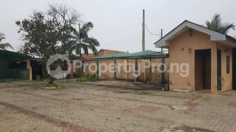4 bedroom Detached Bungalow House for sale Alakuko road/Adfarm Estate Iju Lagos - 15