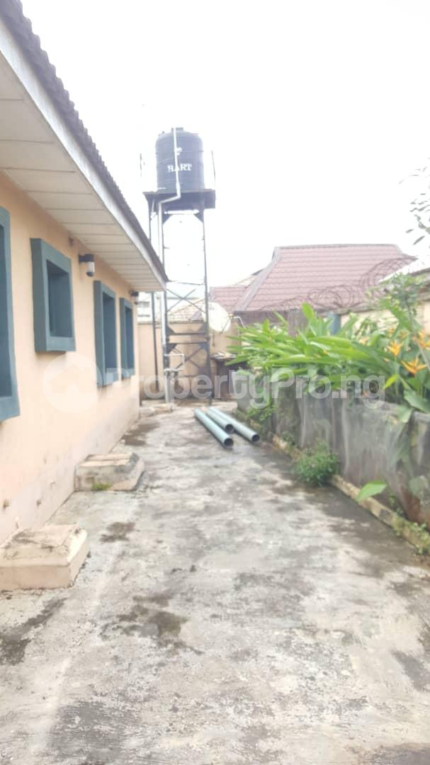 4 bedroom Detached Bungalow House for sale Alakuko road/Adfarm Estate Iju Lagos - 16