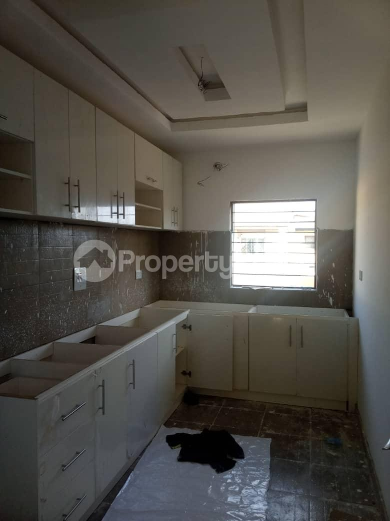 2 bedroom Flat / Apartment for sale Off Adelabu Surulere Lagos - 1