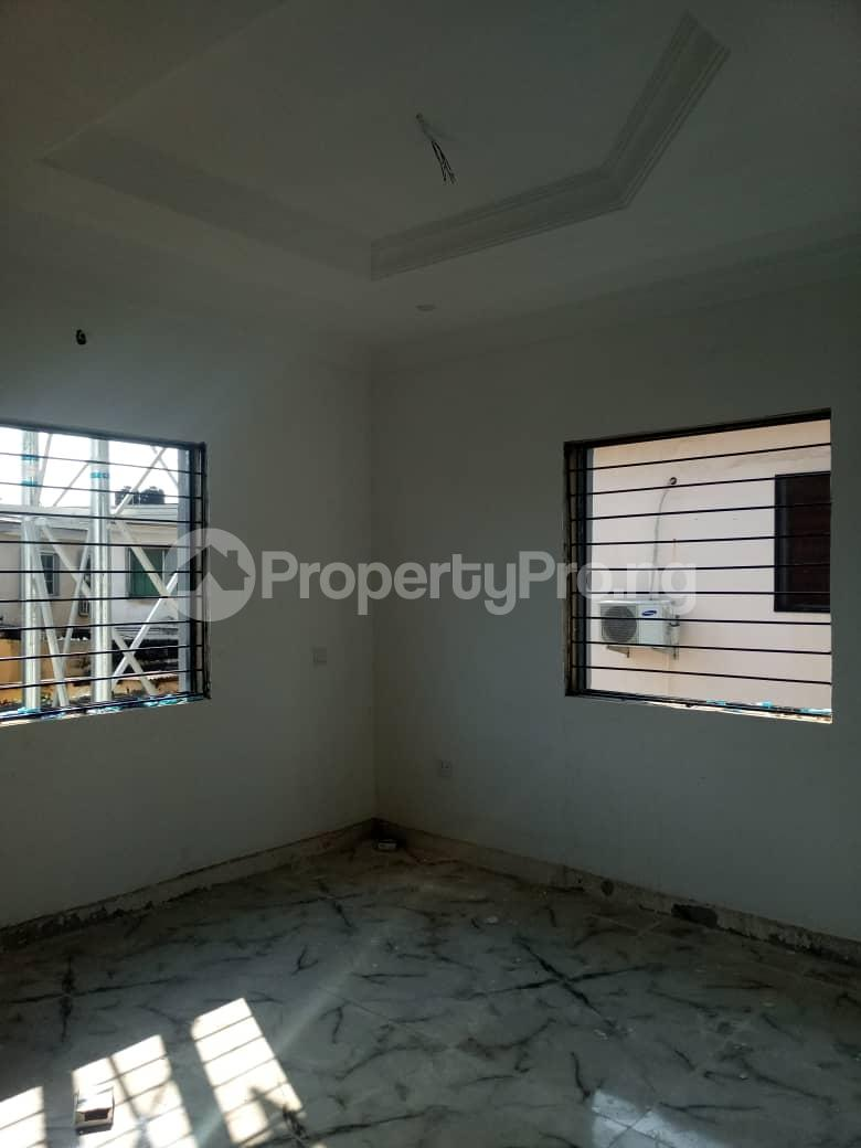 2 bedroom Flat / Apartment for sale Off Adelabu Surulere Lagos - 5