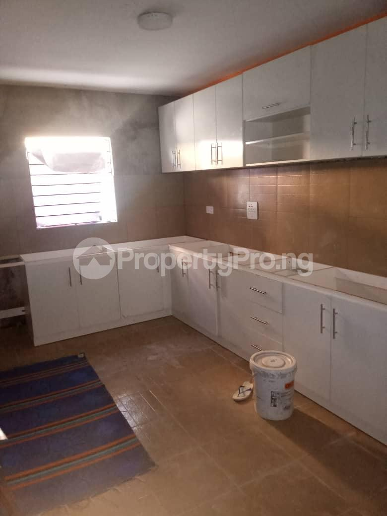 3 bedroom Flat / Apartment for sale Off Adelabu Surulere Lagos - 5