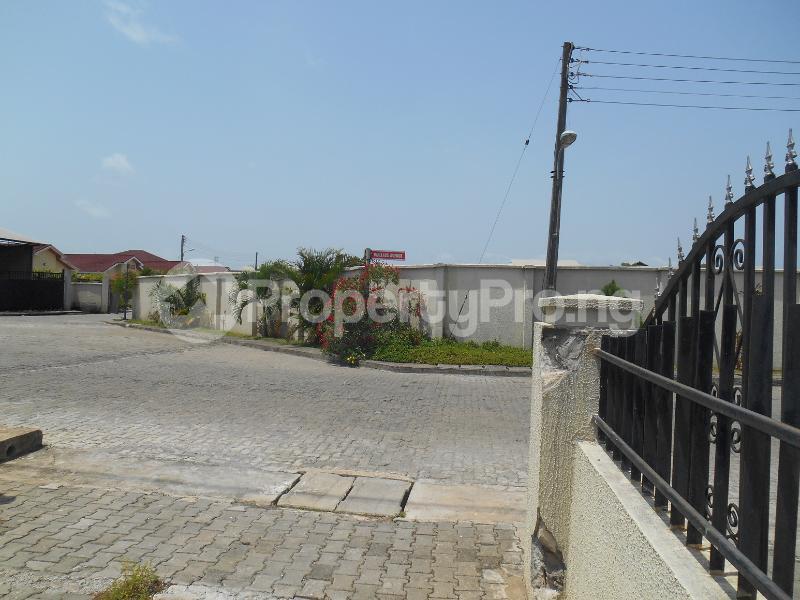 4 bedroom Semi Detached Duplex House for sale Napier Gardens Estate; VGC Lekki Lagos - 18