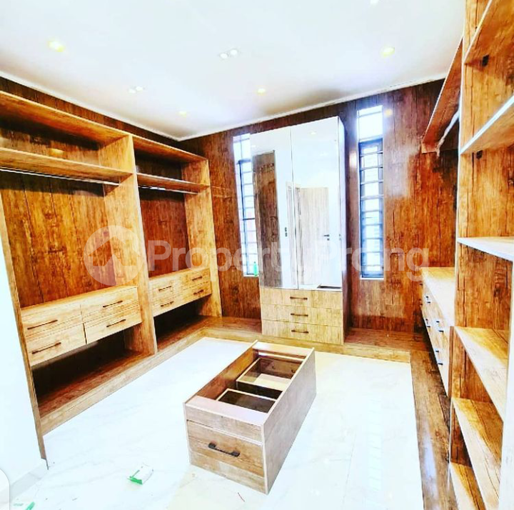5 bedroom House for sale Ologolo Lekki Lekki Lagos - 8