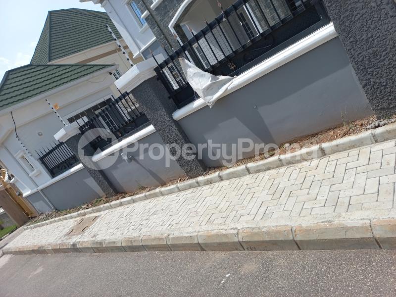 5 bedroom Detached Duplex for sale   Gwarinpa Abuja - 2