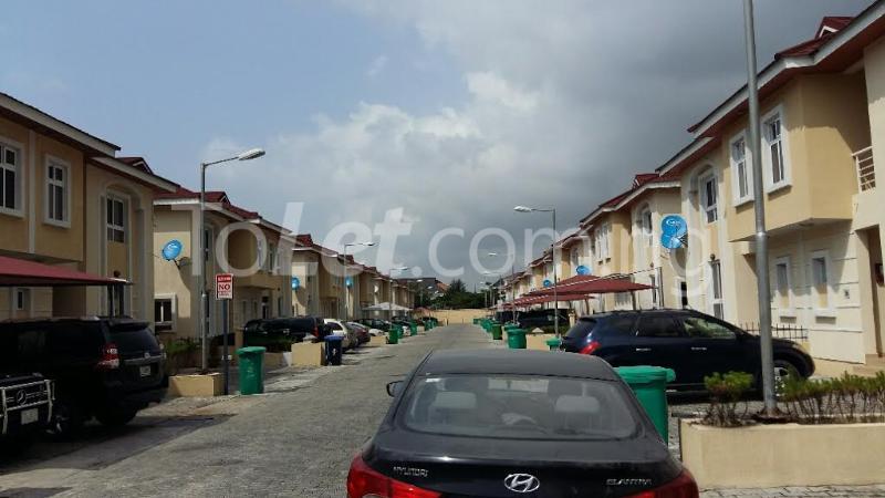 4 bedroom House for rent bourdillon court chevron Lekki Lagos - 3