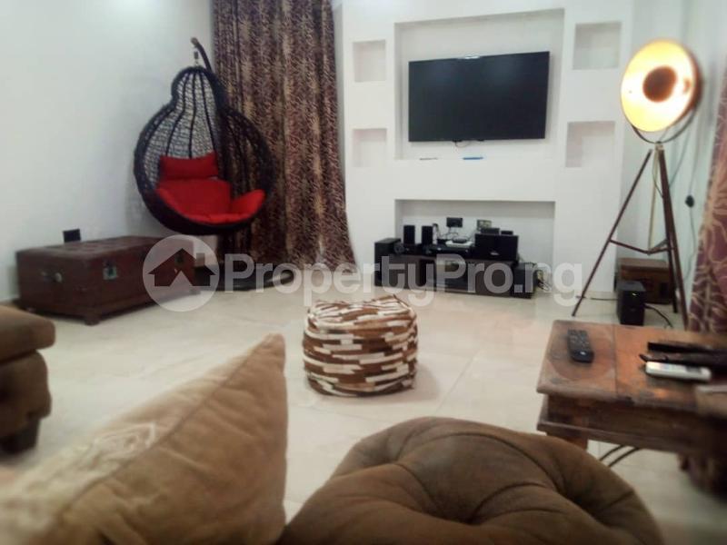 2 bedroom Flat / Apartment for rent ONIRU Victoria Island Lagos - 4