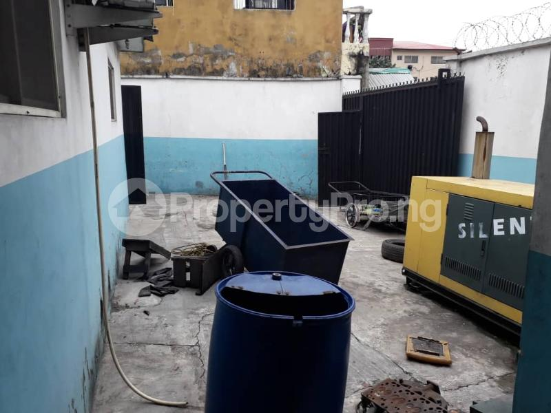 Warehouse Commercial Property for rent Boundary  Ajegunle Apapa Lagos - 10