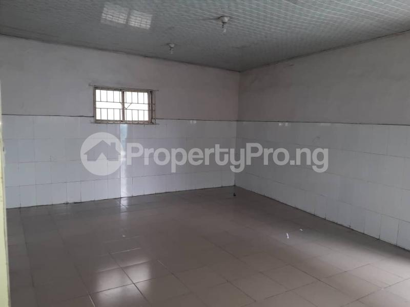 Warehouse Commercial Property for rent Boundary  Ajegunle Apapa Lagos - 2