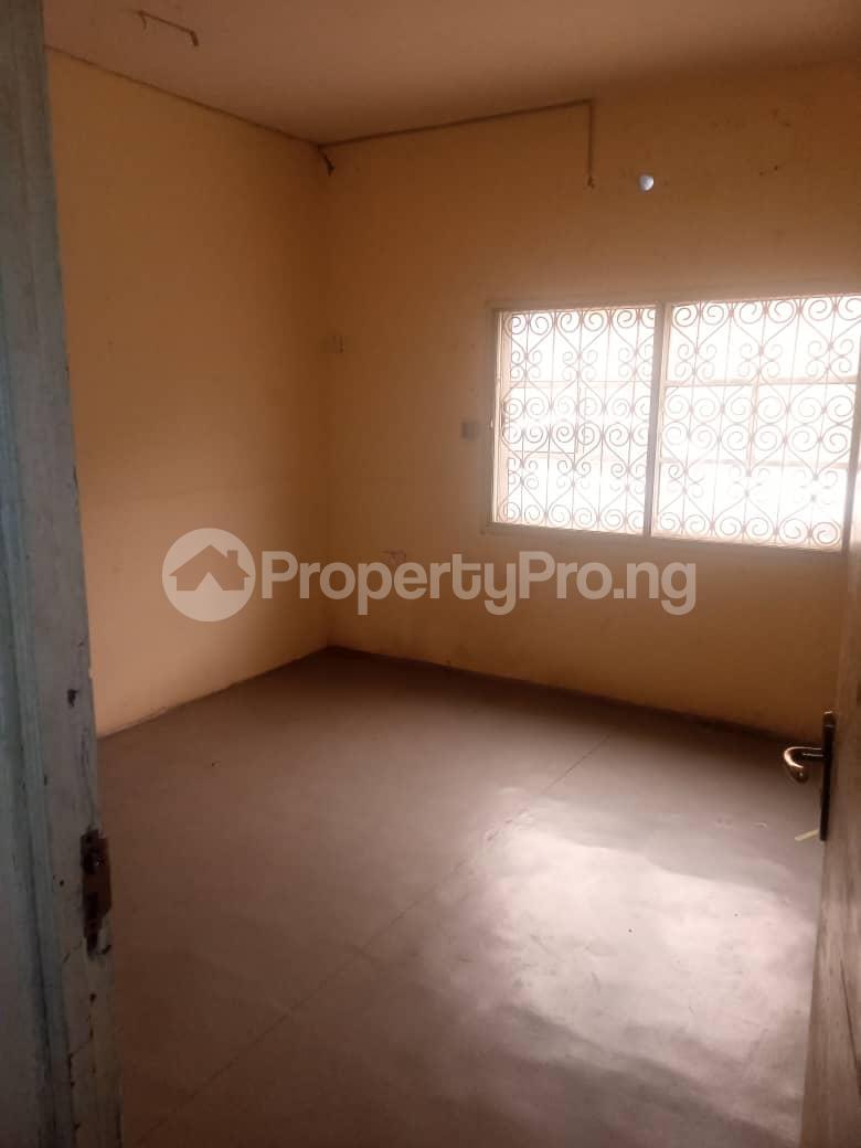 3 bedroom Flat / Apartment for rent Off Masha Road Ogunlana Surulere Lagos - 2