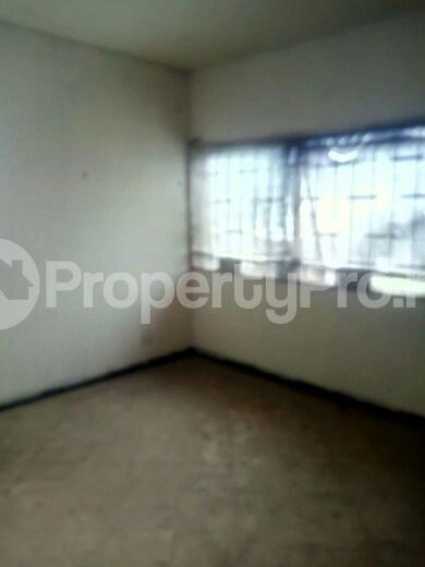 3 bedroom Flat / Apartment for rent off Eric Moore Street Bode Thomas Surulere Lagos - 5