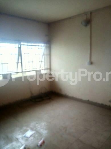 3 bedroom Flat / Apartment for rent off Eric Moore Street Bode Thomas Surulere Lagos - 4
