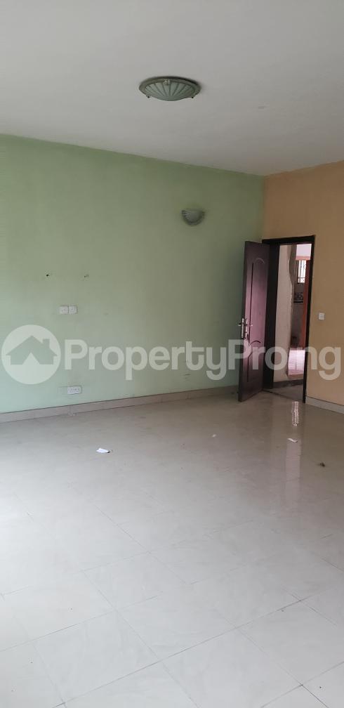 2 bedroom Blocks of Flats House for rent Olasepe estate madonna  Berger Ojodu Lagos - 9