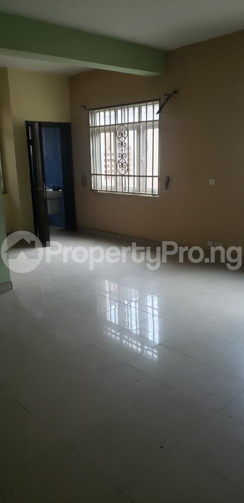 2 bedroom Blocks of Flats House for rent Olasepe estate madonna  Berger Ojodu Lagos - 5