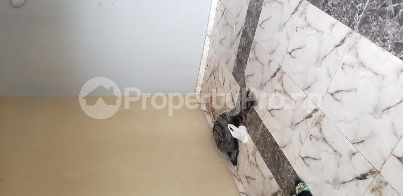 2 bedroom Blocks of Flats House for rent Olasepe estate madonna  Berger Ojodu Lagos - 3