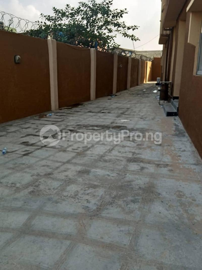 3 bedroom Flat / Apartment for rent Ashimohu Street by Ramoni Street Lawanson Surulere Lagos - 0