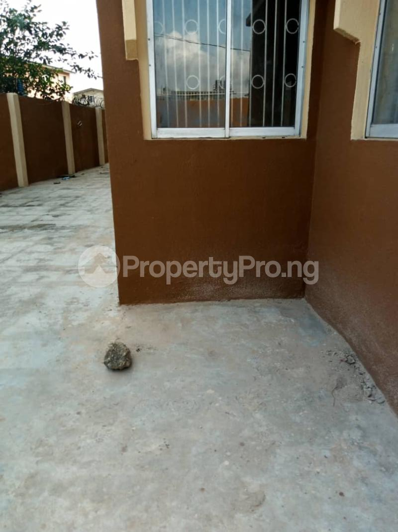 3 bedroom Flat / Apartment for rent Ashimohu Street by Ramoni Street Lawanson Surulere Lagos - 21