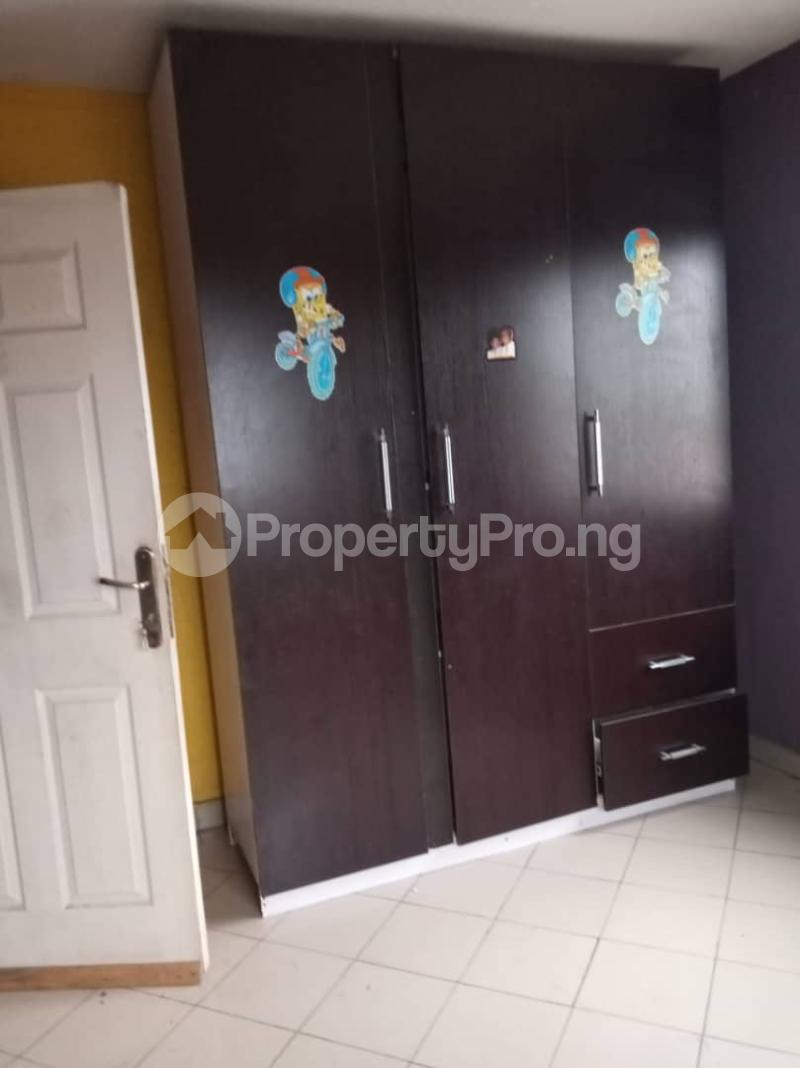 3 bedroom Flat / Apartment for rent Ashimohu Street by Ramoni Street Lawanson Surulere Lagos - 25