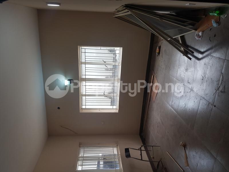 3 bedroom Flat / Apartment for rent Calabar Street Adelabu Surulere Lagos - 3