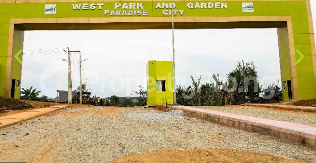 Mixed   Use Land Land for sale Ayegun oleyo tipper gararege  Akala Express Ibadan Oyo - 0
