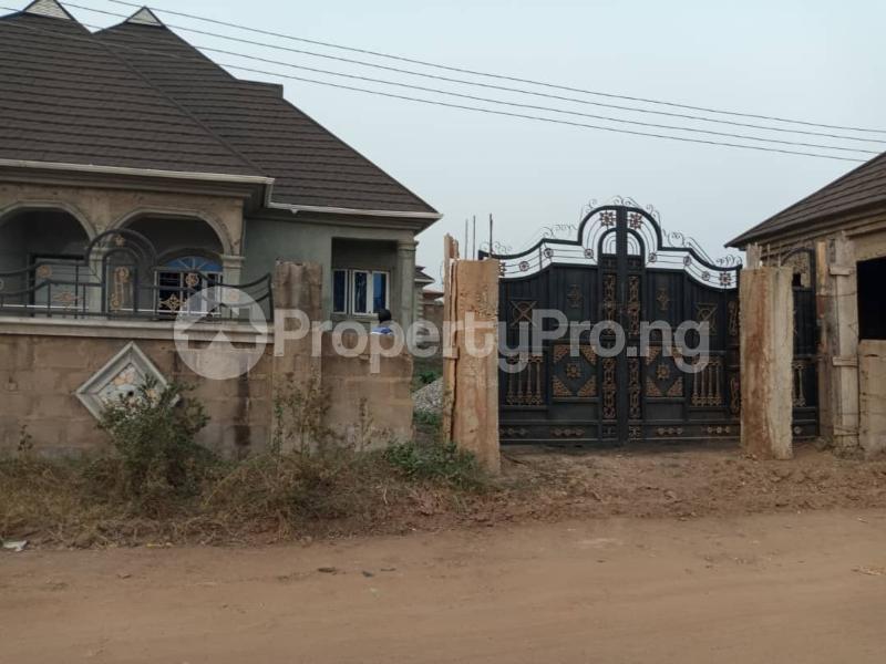4 bedroom Shared Apartment for sale Alagbaka Akure Ondo - 0
