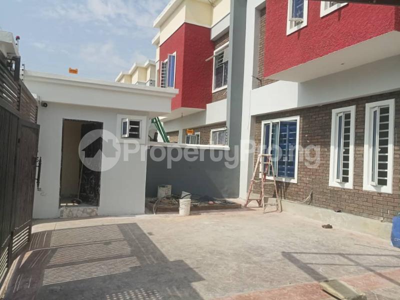 4 bedroom Terraced Duplex House for sale After the 2nd Toll gate, Between Chevron and VGC, Ikota, Lekki Phase 2,  Creek Avenue Court Ikota Lekki Lagos - 31