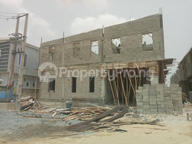 4 bedroom Terraced Duplex House for sale After the 2nd Toll gate, Between Chevron and VGC, Ikota, Lekki Phase 2,  Creek Avenue Court Ikota Lekki Lagos - 12