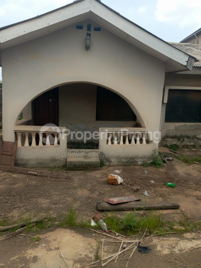 4 bedroom House for sale Buknor Estate Bucknor Isolo Lagos - 1