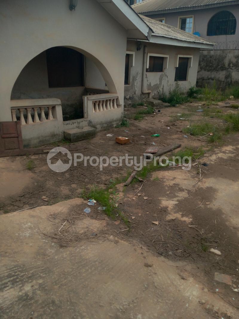 4 bedroom House for sale Buknor Estate Bucknor Isolo Lagos - 0