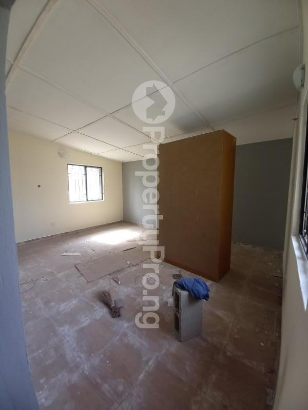 3 bedroom Flat / Apartment for rent Phase 2 Gbagada Lagos - 11