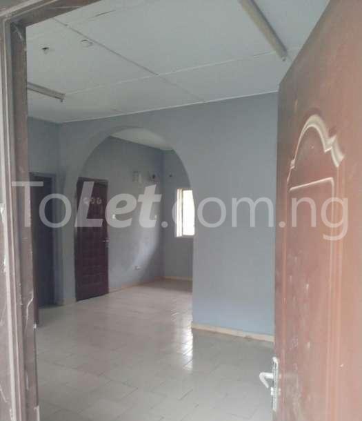 3 bedroom Flat / Apartment for sale  county estate,pencinema Agege Lagos - 2