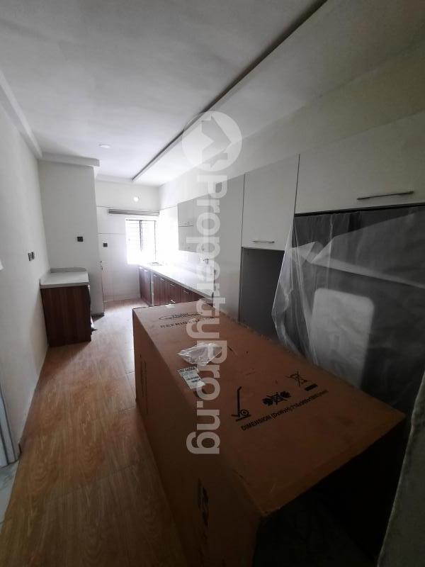 4 bedroom Terraced Duplex House for sale Off Abraham Adesanya Road Abraham adesanya estate Ajah Lagos - 10