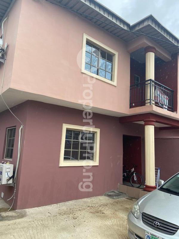 3 bedroom Shared Apartment Flat / Apartment for rent Atunrase Medina Gbagada Lagos - 0