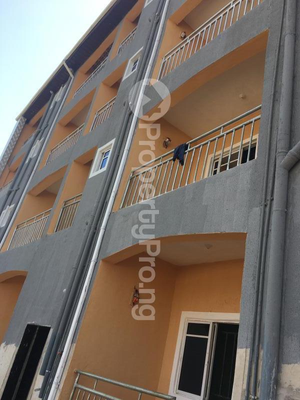 1 bedroom mini flat  Mini flat Flat / Apartment for rent Ogui road close to Otigba junction  Enugu Enugu - 1