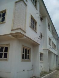 3 bedroom Flat / Apartment for rent Alaka estate area off Funsho williams avenue, Lanre shittu bstop Surulere Surulere Lagos