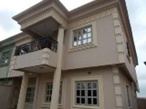 5 bedroom House for rent Tunde Obitayo Street. Ketu Kosofe/Ikosi Lagos