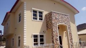5 bedroom Flat / Apartment for rent Alpha beach road, Lekki Lekki Lagos
