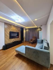 2 bedroom Self Contain Flat / Apartment for shortlet Beside Brass and Copper (off Admiralty) Lekki Phase 1 Lekki Lagos