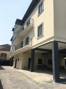 3 bedroom Blocks of Flats House for rent 2nd toll gate  Lekki Phase 2 Lekki Lagos