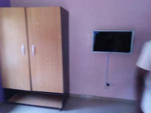 1 bedroom mini flat  Mini flat Flat / Apartment for shortlet badaru street,igbara jakande lagos. Ologolo Lekki Lagos