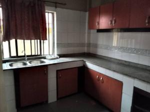 3 bedroom Blocks of Flats House for rent Oyetola Idowu Street Coker Road Ilupeju Lagos