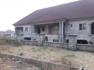 House for sale Off 7th Avenue   Gwarinpa Abuja