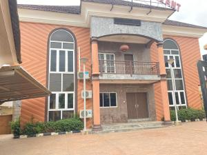 10 bedroom Commercial Property for rent Addis Ababa Cresc, Wuse-Zone Wuse 1 Abuja