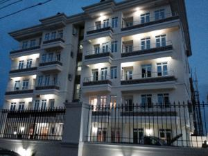 3 bedroom Blocks of Flats House for sale - ONIRU Victoria Island Lagos