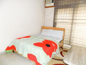 3 bedroom Shared Apartment Flat / Apartment for shortlet . 1004 Victoria Island Lagos