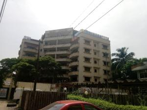 4 bedroom Flat / Apartment for rent Off Adeola Odeku Victoria Island Lagos