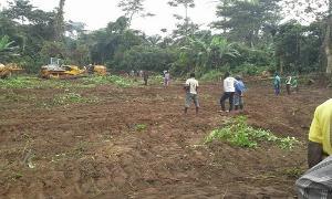 Land for sale  Osoogun town Along Iseyin Abeokuta expressway, Iseyin LG Iseyin Oyo