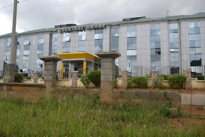 10 bedroom Office Space Commercial Property for sale katampe, kubwa express way. Katampe Ext Abuja