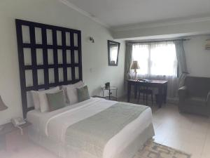 10 bedroom Hotel/Guest House Commercial Property for sale osborne foreshore, second avenue, osborne towers Osborne Foreshore Estate Ikoyi Lagos