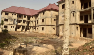 Blocks of Flats House for sale off gapiona avenue G.R.A. Benin city Etsako Central Edo